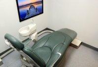 Zielony fotel dentystyczny